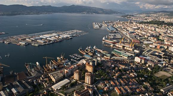 """Los empresarios y los usuarios del puerto de Vigo demandan """"un trato equitativo y justo"""""""